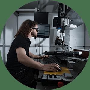 Services Manutech USD laser femtoseconde
