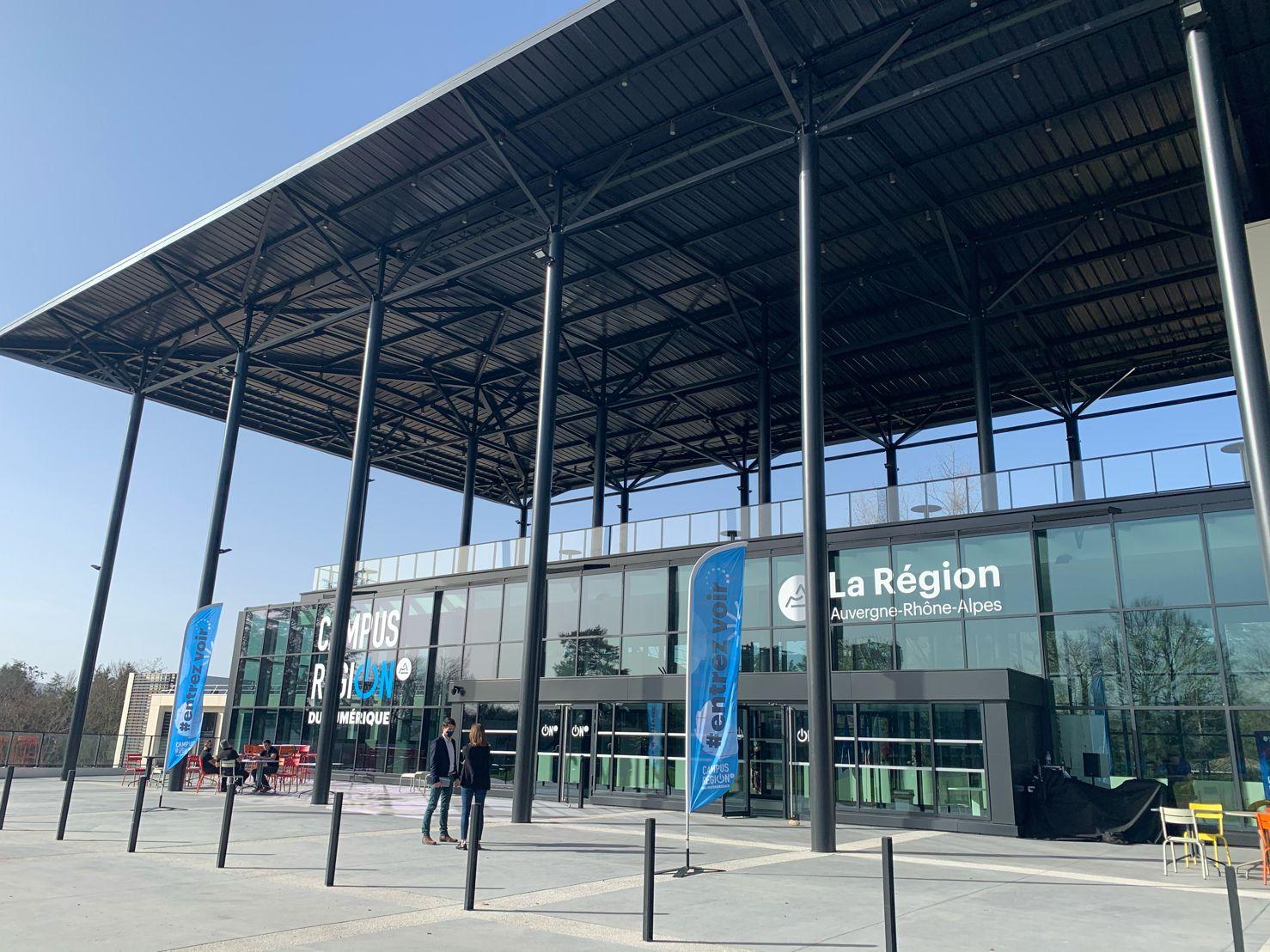 Inauguration du Campus Région du numérique